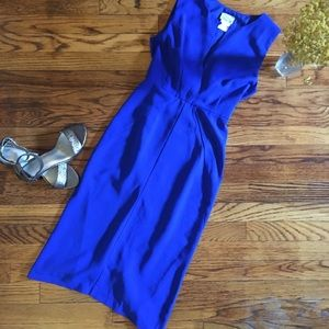 Dresses & Skirts - Bright blue dress with a slit in the back